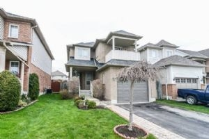 120 Whitby Shores Green Way, Whitby