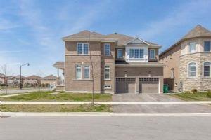 $879,000 • 5 Pinestaff Rd , Bram East