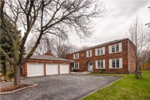 3336 Sawmill Valley Dr, Mississauga