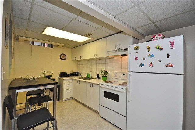 7477 doverwood dr mls w3491695 see this detached