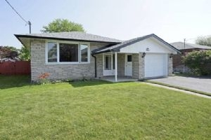 903 Crocus Cres, Whitby
