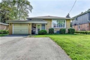 120 Bell Dr, Whitby