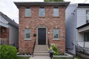 149 Leslie St, Toronto