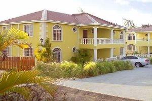 2 Emerald Woods  E, Barbados
