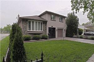130 Carsbrooke Rd, Toronto