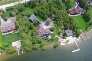 17 Rodeo Dr, Kawartha Lakes