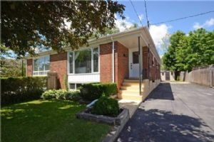 3440 Queenston Dr, Mississauga