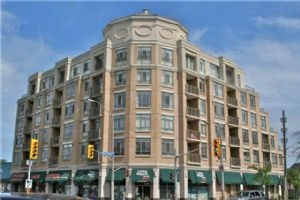 935 Royal York Rd, Toronto
