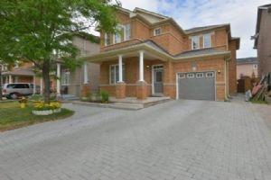 $788,000 • 24 Battleford Ave, Vaughan