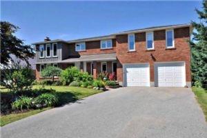 $950,000 • 95 Toll Rd, East Gwillimbury