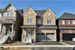 5492 Meadowcrest Ave, Mississauga