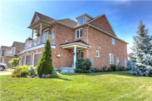 30 Hutton Pl, Clarington