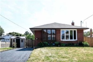 1022 Mccullough Dr, Whitby