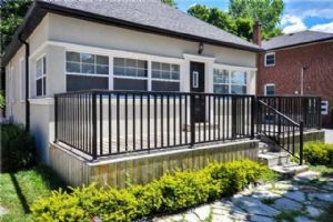 63 Maple Ave S, Mississauga