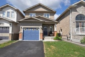 54 Armstrong Cres, Bradford West Gwillimbury