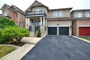 62 Eagle Plains Dr, Brampton