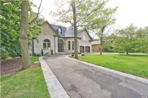 1518 Trotwood Ave, Mississauga