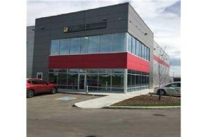 3105 5 AV NE, Calgary