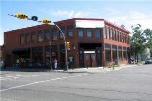 306 10 ST NW, Calgary