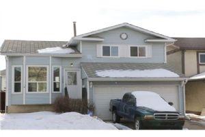 144 WHITEHAVEN RD NE, Calgary