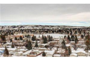 #1108 30 Brentwood CM NW, Calgary