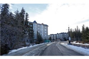 #215 30 Discovery Ridge CL SW, Calgary