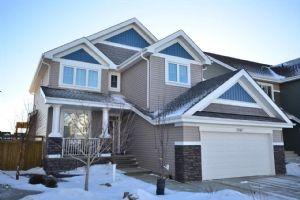 8967 24 Avenue SW, Edmonton