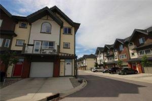 2107 Wentworth VI SW, Calgary