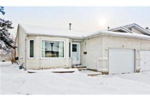 47 RUNDLELAWN GR NE, Calgary