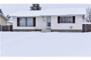 5431 RUNDLEVIEW RD NE, Calgary