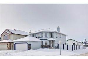 255 LAKEVIEW CV , Chestermere