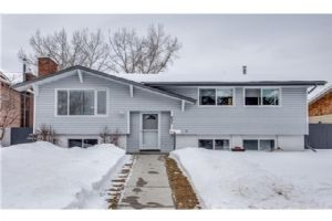 931 PARKVALLEY WY SE, Calgary