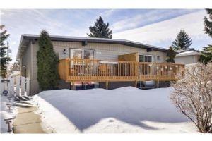 2119 52 AV SW, Calgary