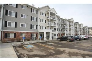 #4410 31 COUNTRY VILLAGE MR NE, Calgary