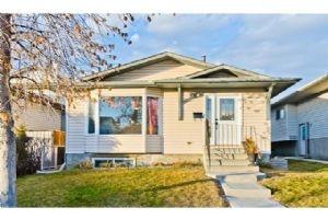 139 WHITEHAVEN RD NE, Calgary