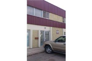 #32 1410 40 AV NE, Calgary