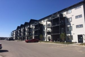 120 508 ALBANY Way, Edmonton