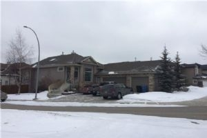 53 ROYAL HIGHLAND RD NW, Calgary