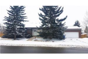 11377 BRAESIDE DR SW, Calgary