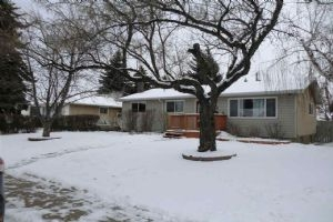 10335 45 Street NW, Edmonton