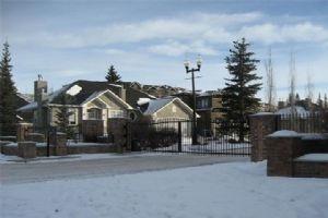 8 Discovery Valley CV SW, Calgary