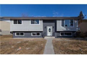 1028 PENMEADOWS RD SE, Calgary