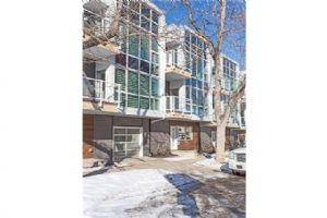 1533 15 AV SW, Calgary