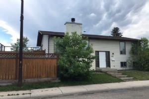 100 WHITEHAVEN RD NE, Calgary