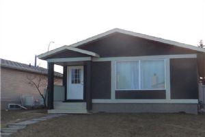 179 Castlebrook RD NE, Calgary