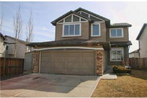 144 NEW BRIGHTON DR SE, Calgary