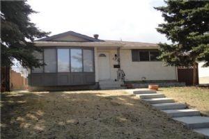 4035 DOVERCREST DR SE, Calgary