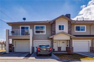6827 PINECLIFF GV NE, Calgary