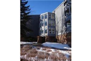 #313 816 89 AV SW, Calgary