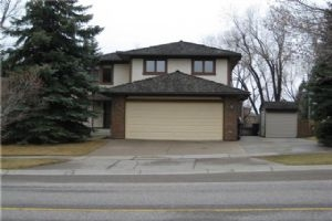 147 WOODFIELD RD SW, Calgary